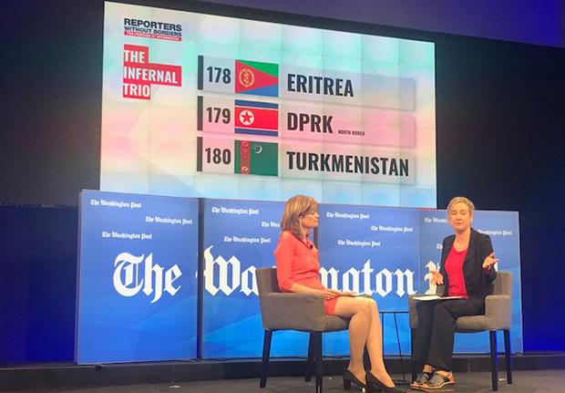 지난 4월 미국 워싱턴에서 열린 '2019 세계언론자유지수 보고서' 발표회장에서 사빈 돌란 '국경없는 기자회' 사무국장(우)은 북한을 세계 최악의 언론탄압국인 '지옥의 3개국' 중 하나로 지목했다.
