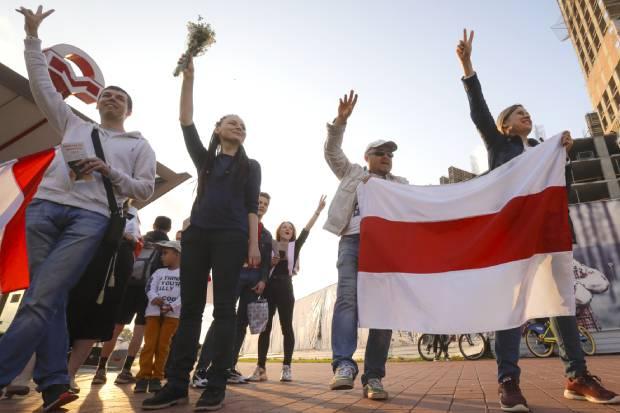 벨라루스에서 계속되고 있는 반독재 국민저항운동 모습.