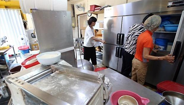 사진은 광주 서구 쌍촌동의 한 음식점 모습.