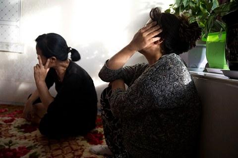 중국 농촌 남성에게 팔려간 북한 여성들.