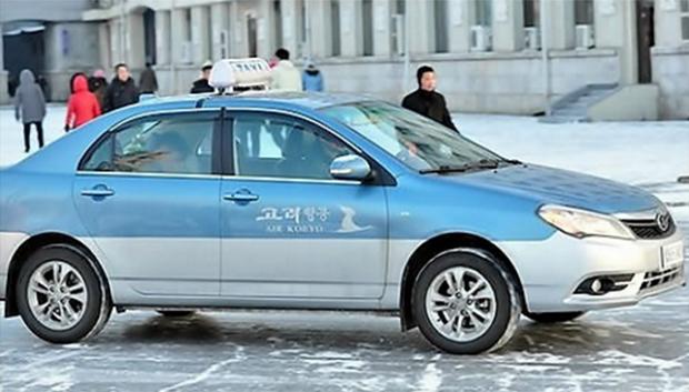 평양에서 운행 중인 택시.