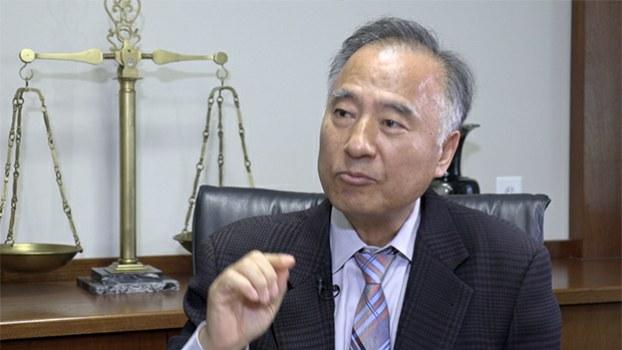 lawyer_chunjongjun_b.jpg