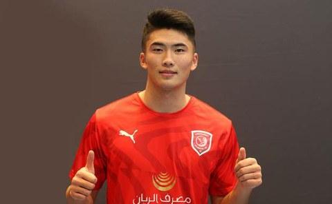한광성 선수가 카타르 프로축구 알 두하일(AL DUHAIL)의 유니폼을 입고 있는 모습.
